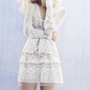 BCBG Fola V-Neck Lace Tiered Dress